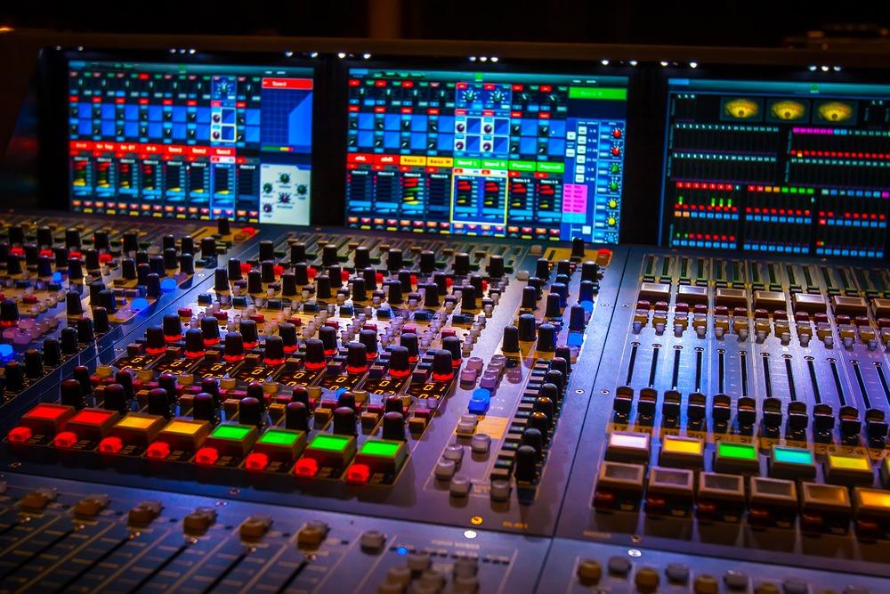 audiovisual rental software